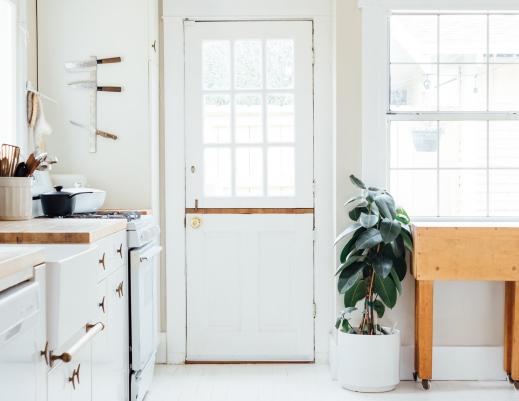 sweep-office-clean